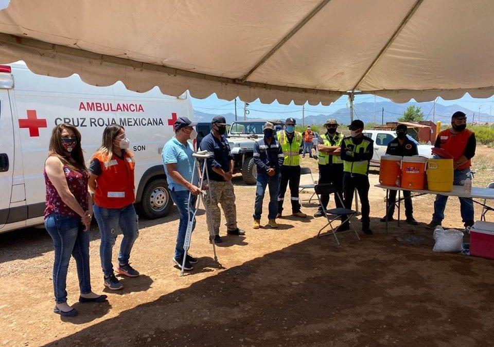 Visita Alcalde Eduardo Quiroga a Socorristas en su día.
