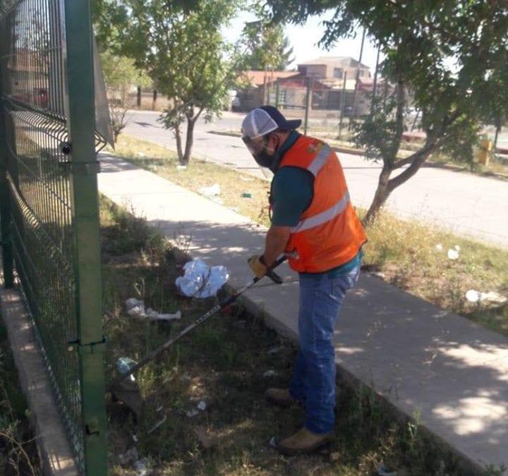 Instruye Alcalde Eduardo Quiroga a personal del Instituto Municipal del Deporte para que se inicie con jornada de mantenimiento en áreas deportivas del mineral.