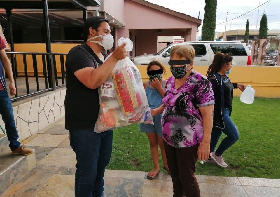 H. Ayuntamiento de Cananea, a través del Instituto de la Juventud y en coordinación con Club Leo sigue trabajando para hacer llegar a las familias cananenses su despensa.