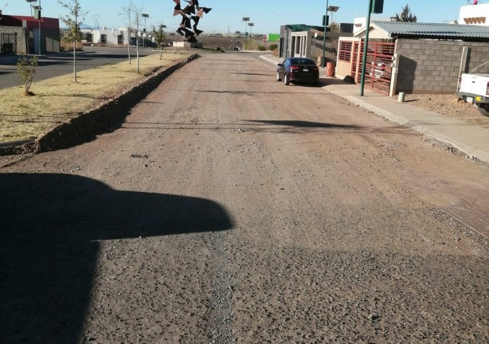 Servicios Públicos Municipales se realiza revisión de rutina del alumbrado de la Colonia Lomas Residencial.