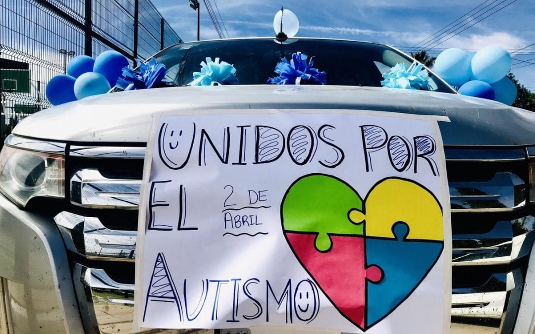 Lograron sumar voluntades en Pro del Autismo en Cananea; realizando con éxito una Caravana donde participaron alrededor de 50 vehículos y cerca de 180 personas.